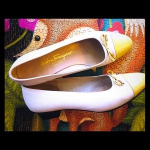 Salvatore Ferragamo white pump shoes 8.5